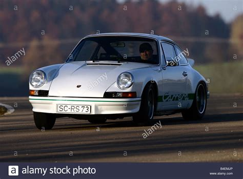 porsche sports car models car porsche 911 2 7 rs sports car white model