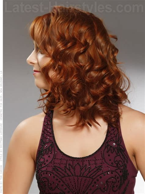 hairstyles to curly hair medium length naturally curly hairstyles