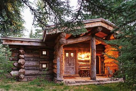 the small log cabin . . . simply serene!