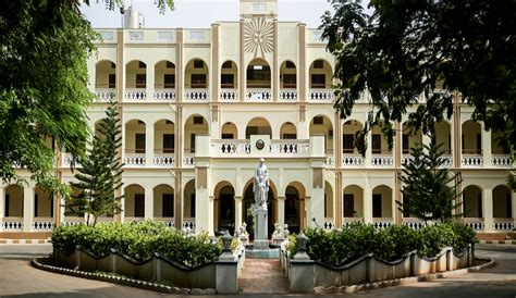 Loyola College Mba Admission 2017 by Loyola College Chennai Reviews 2016 2017