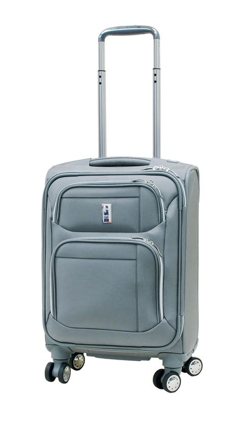 delsey cabin trolley delsey helium 4 0 luggage 19 inches cabin trolley