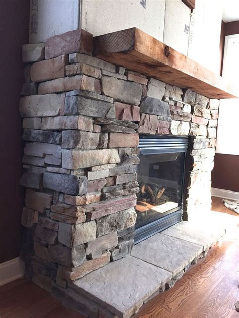 how to stone a fireplace best 25 stone veneer fireplace ideas on pinterest stone
