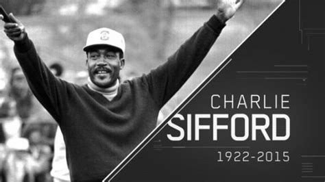 takes his how sifford the color barrier in golf books golf pioneer sifford 92 dies abc news