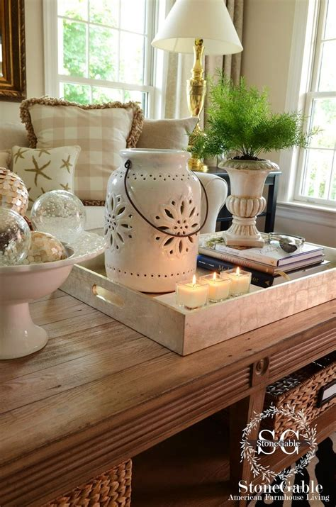 decorating sofa table 25 best ideas about coffee table styling on