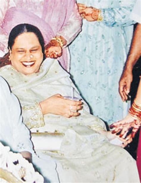biography of haseena parkar haseena parkar age biography husband affairs family