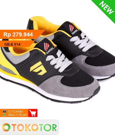 Kaos Keren Cloud 9 014 sepatu sneakers e 014 e 014 toko distributor suplier