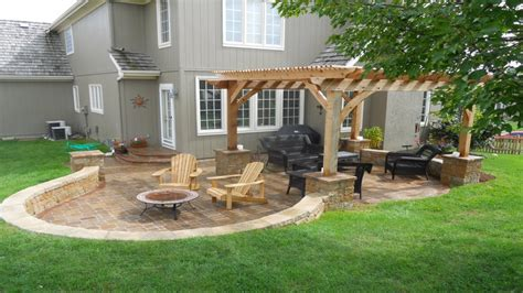 Backyard Flooring Ideas by Outdoor Patio Flooring Ideas Backyard Design Outdoor Patio