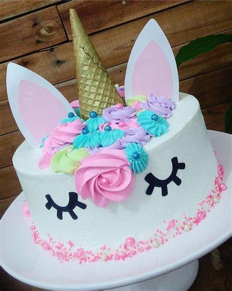 pastel decorado bonito una fiesta tem 225 tica lleva un lindo pastel decorado con el