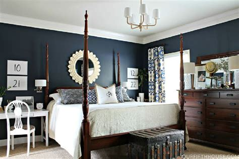 how to decorate a dark bedroom decorating ideas for dark colored bedroom walls