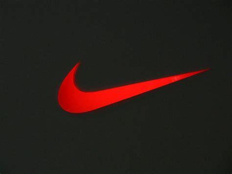 8 bit nike logo flickr photo nike s swoosh andre a muliana flickr