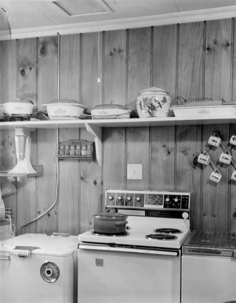 Electric stove, 1976 ? Cooking ? Te Ara Encyclopedia of