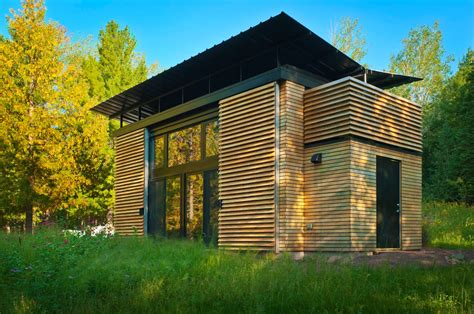 houses in wisconsin tiny house town the e d g e prefab tiny home