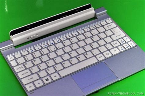Keyboard Acer W510 acer iconia w510 the windows 8 tablet netbook hybrid tech philippines tech news