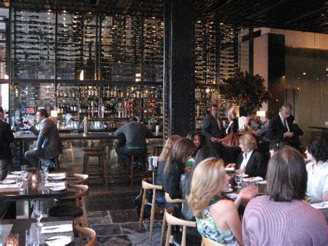 tap room nyc manhattan living 183 colicchio sons tap room meatpacking district