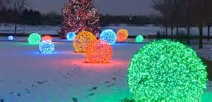 how to make lighted christmas balls how does she