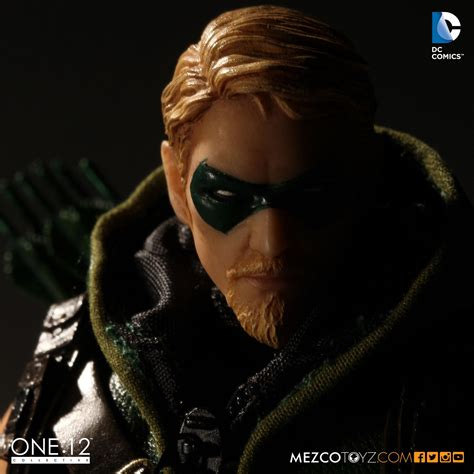 Green Arrow 12 one 12 collective dc comics green arrow mezco toyz