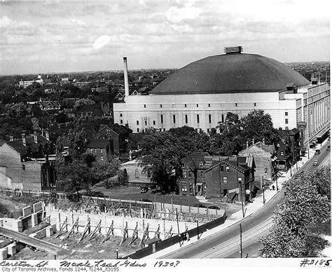 file leaves in the carlton file carlton and maple leaf gardens c 1934 jpg