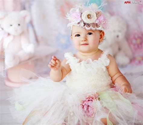 wallpaper background for baby girl cute baby girl pictures wallpapers wallpapersafari