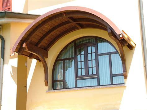 tettoia per finestra tettoia copri finestra a sbalzo ad arco a tutto sesto