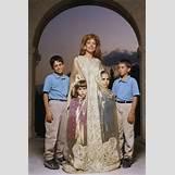 Prince Hashim Al Hussein Children   236 x 354 jpeg 18kB