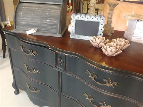 Where To Buy Chalk Paint For Furniture by Chalk Paint Bedrooms