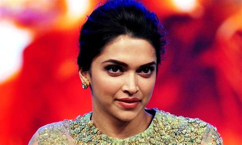 new heroine photos bollywood new latest hd wallpapers of bollywood heroine deepika padukone