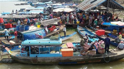 fishing boat for sale cambodia cambodia boat fishing vietnam people life on the mekong