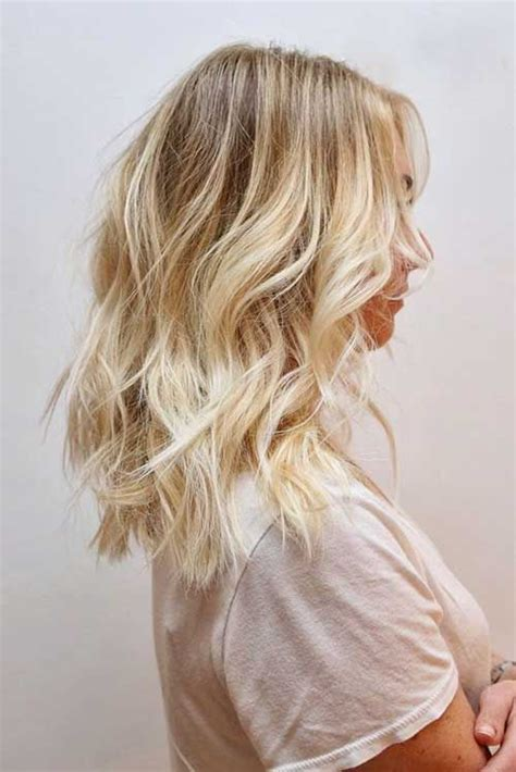 37 best short to medium blonde haircuts for 2017 2018 best 25 blonde wavy hair ideas on pinterest natural