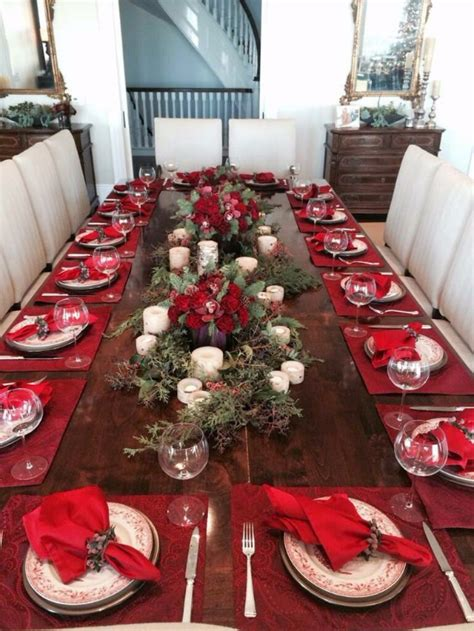christmas dining table decor  red  white family