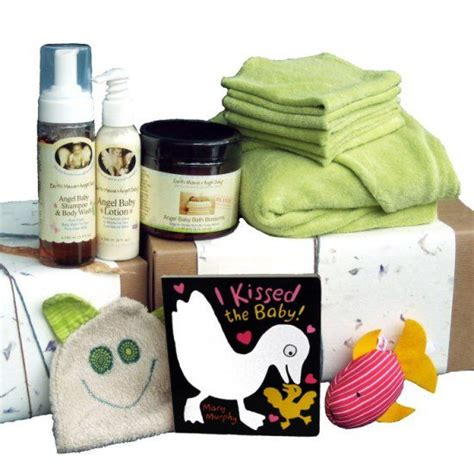 gifts for expectant parents 100 gifts for expecting parents