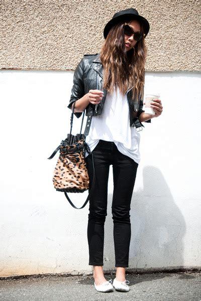 Lea American Styles T Shirt Putih white american apparel shirts white la dama shoes black