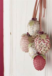how to make christmas paper pine cone decorations