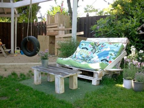 90 Ideas For Making Beautiful Furniture From Upcycled Upcycled Garden Furniture Ideas