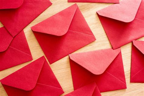 photo  background  festive red envelopes  christmas images