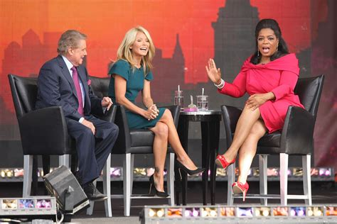 oprah winfrey on r kelly kelly ripa photos photos the oprah winfrey show fridays