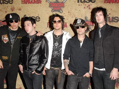 Avenged Sevenfold 1 Band Musik avenged sevenfold drummer 28 found dead at his home ny