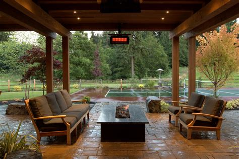 transitional covered patio  seating area  fire pit