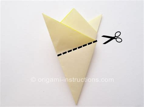 Origami Cutting - origami pentagon base folding