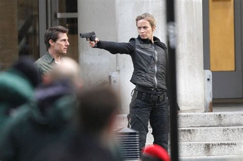 film tom cruise emily blunt emily blunt tom cruise photos tom cruise and emily blunt