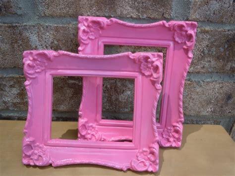 Pink Vintage Frames   10 Pretty Pink Pinterest DIYs