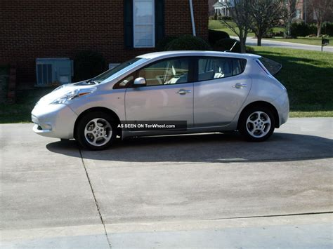 Nissan Leaf Home Charger by 2011 Nissan Leaf Sl With Cold Weather Package And Level 2