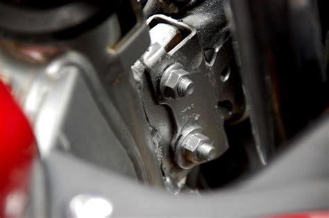 Mounting Kanan Suzuki aplikasi fairing r15 pada v ixion perhatikan pengkabelan dan mounting gilamotor