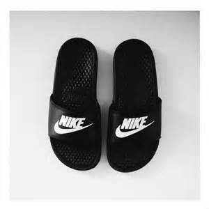 nike house shoes 25 best ideas about nike slippers on pinterest nike slides addidas slippers and