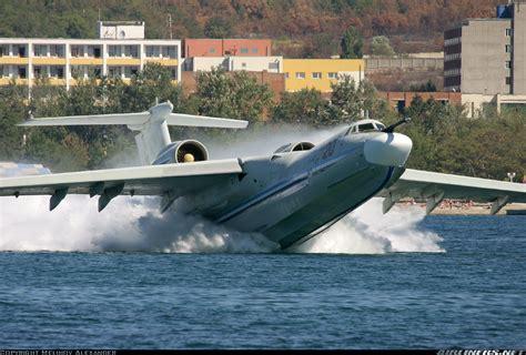 russian flying boat jet beriev a 42 hope its a sea plane aviaci 243 n pinterest