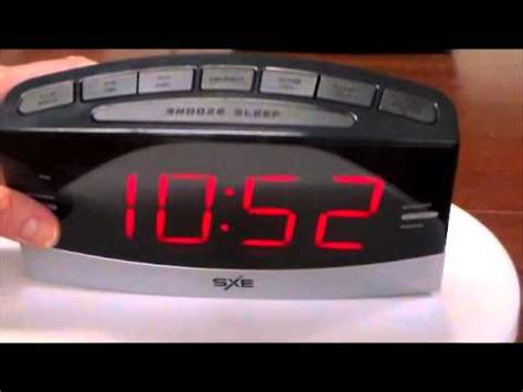 sxe large display electric led dual alarm clock radio with programmable sleep timer