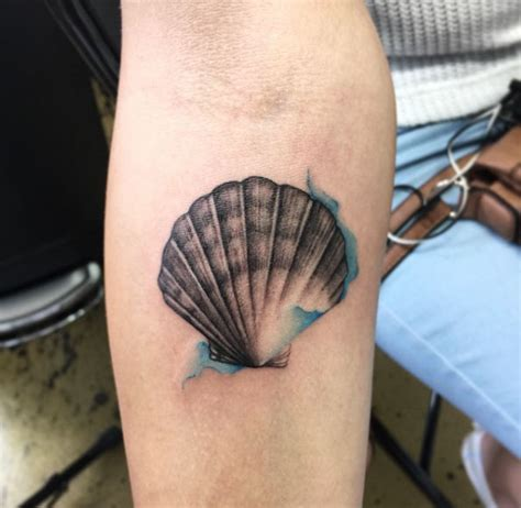 seashell tattoo 45 beautiful seashell tattoos you ll tattooblend