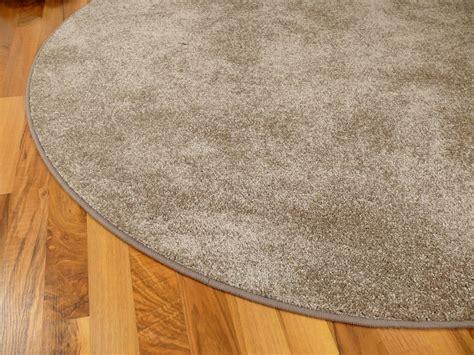 runde teppiche günstig wohnzimmer farbe grau