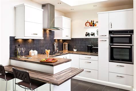 what are the advantages of a fitted kitchen cosy home