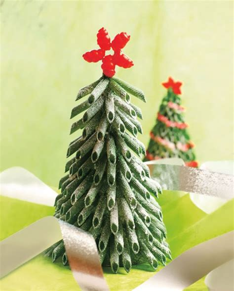 12 of the most creative diy christmas trees ever