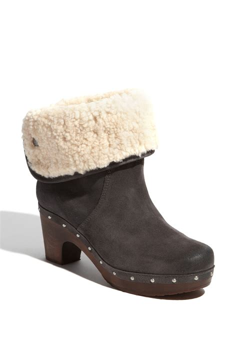 ugg lynnea ankle boot in gray charcoal burnished